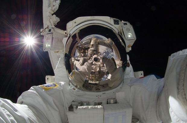 astronaut-877306_640.jpg
